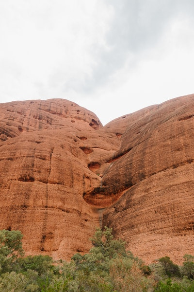 Notches in rock formations